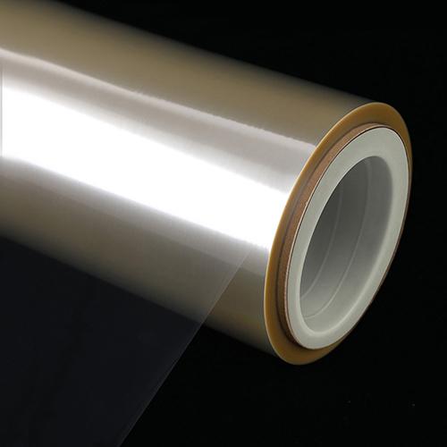 پلی وینیلیدن کلراید یا PVDC یک ترموپلاستیک مصنوعی شفاف و انعطاف پذیر است که در اثر پلیمریزاسیون وینیلیندن کلراید تولید میشود. متداولترین نوع آن، فیلم PVDC دو محوره است. این فیلم دارای کشش کم، استحکام پیوند عالی و جذب آب کم است. همچنین این فیلمها خاصیت چسبندگی خوبی دارند.